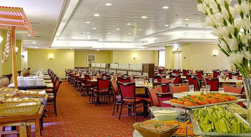 חדר אוכל מלון קיסר פרימייר