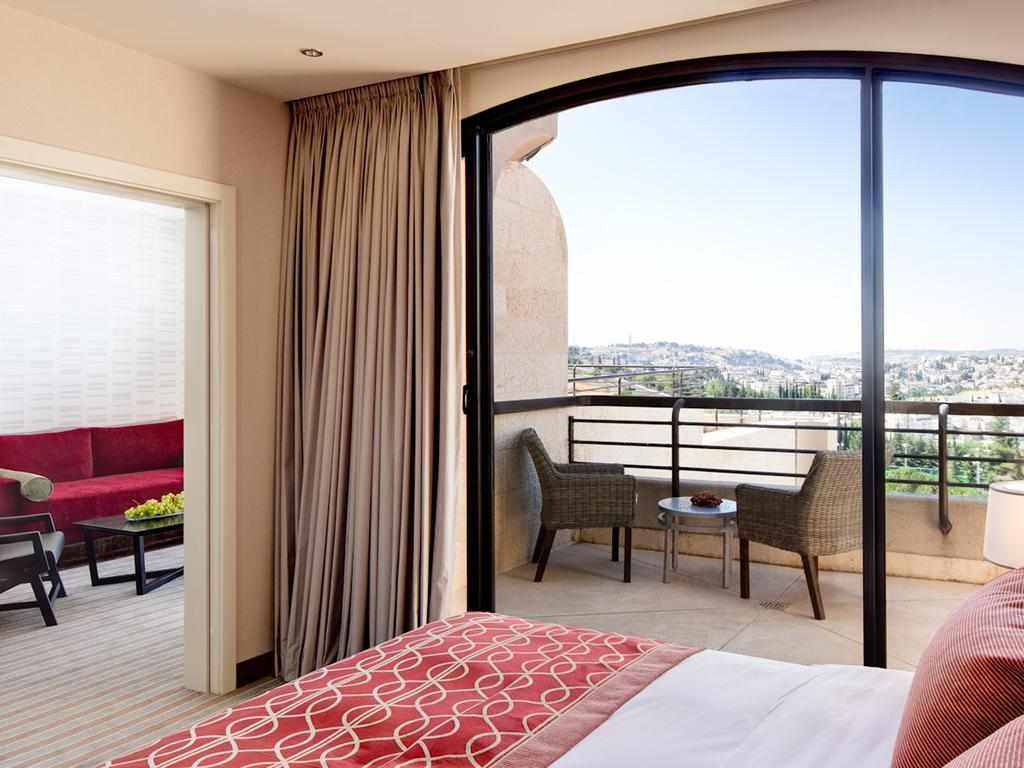 חדר עם מרפסת מלון דן