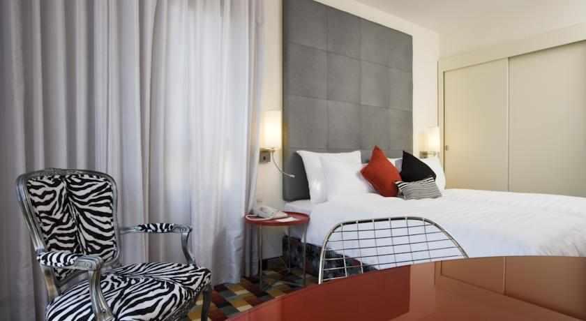 חדר מלון הרמוני