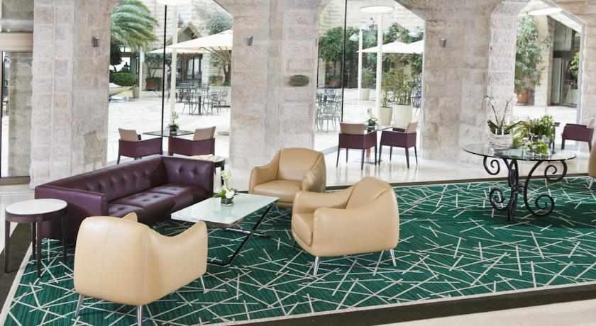 לובי מלון ענבל