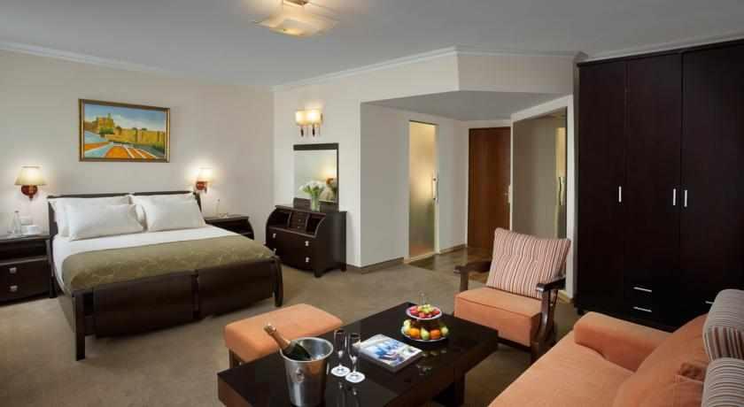 חדר סטנדרט מלון שערי ירושלים