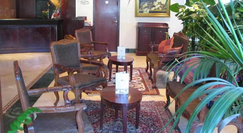 פינות ישיבה מלון ג'רוזלם גולד