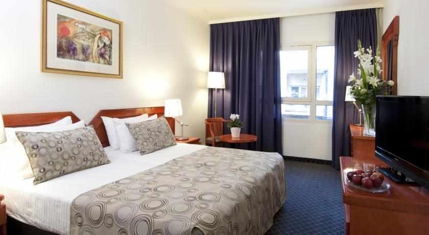 חדר זוגי מלון מונטיפיורי