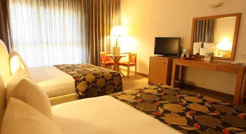 חדר במלון נווה אילן