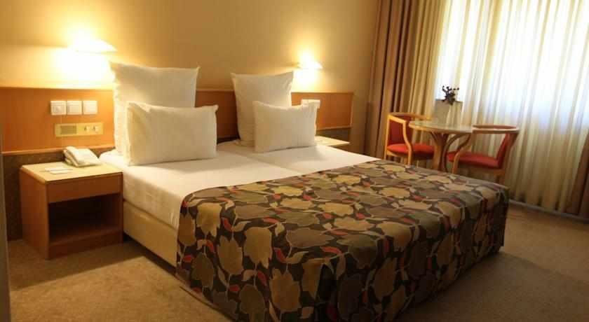 חדר סטנדרט מלון נווה אילן