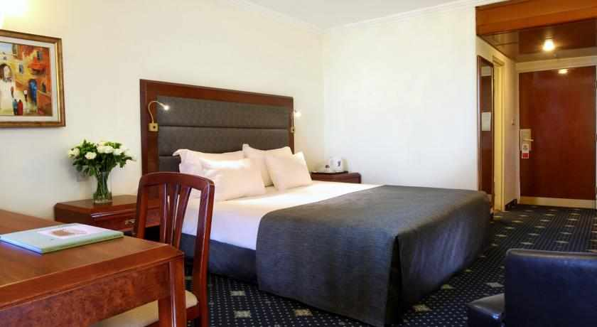 מיטה זוגית מלון רמדה