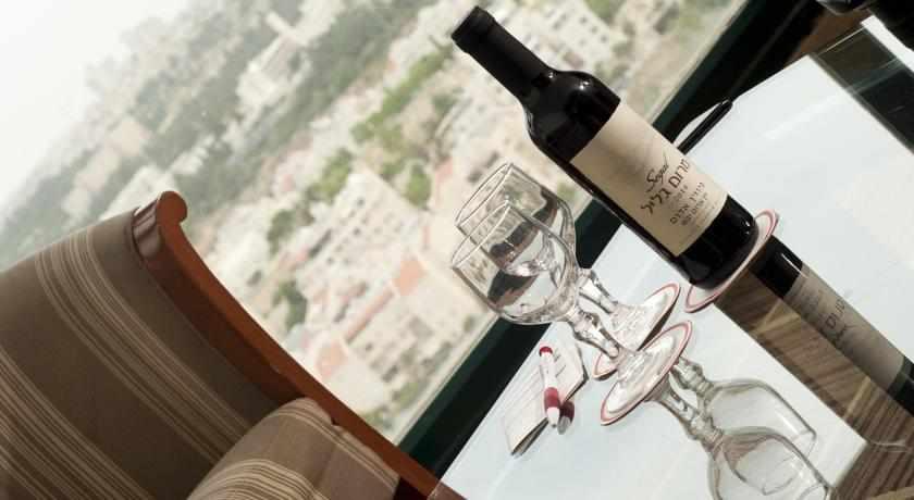 יין מלון רימונים