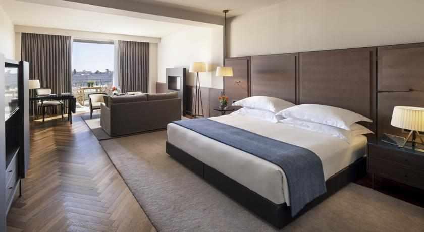 חדר עם מרפסת מלון מצודת דוד