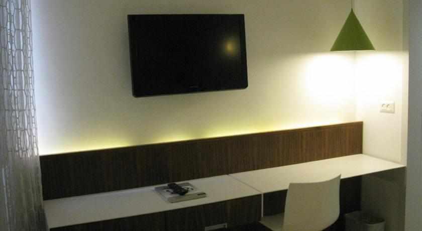 טלוויזיה מלון מגדל
